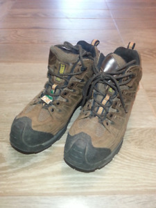 CSA Approved TERRA Steel-toe Work Shoes (Size 8)