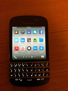 Blackberry Q10 Mint Condition