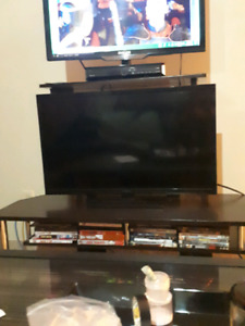 28 to 30 inch tv for $130 with remotes