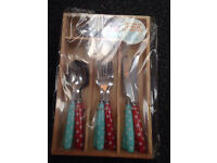 CATH KIDSTON STYLE CUTLERY SET IN WOODEN TRAY