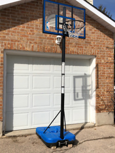 Spalding Home Basketball System (Great Condition)