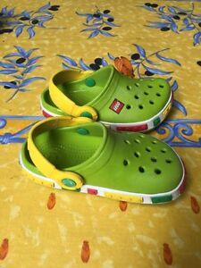 Sandales Crocs Lego 6-7 bébé 15$