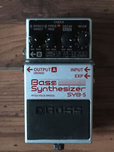 BOSS SYB-5 Bass Synthesizer synthétiseur basse ou guitare