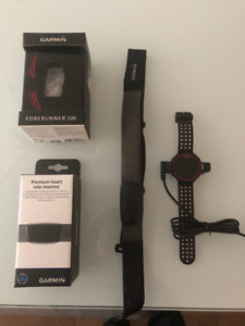 Garmin Forerunner 220 with heart rate monitor / Perfect cond.!