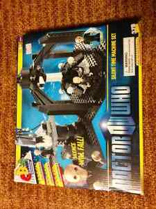 Doctor Who Silent Time Machine Set - Character Building - Lego