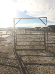 50' Round Pen With 6' Framed Gate