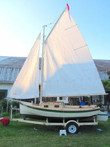 Sea Mew  Wooden sailing dinghy