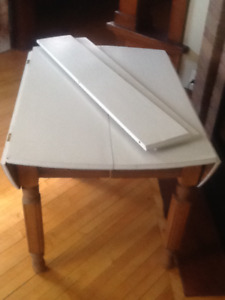 Antique drop leaf table