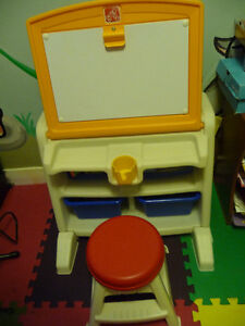 child art desk with chair West Island Greater Montréal image 2