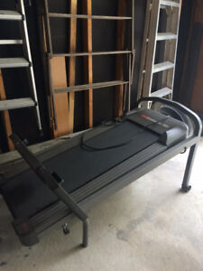 Selling Exercise Treadmill