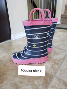 Toddler girl rain boots size 8 *new*