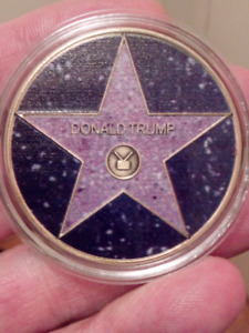 RARE LARGE 40mm DONALD TRUMP HOLLYWOOD WALK OF FAME COIN.