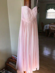 Beautiful Bridesmaid Dress - size small