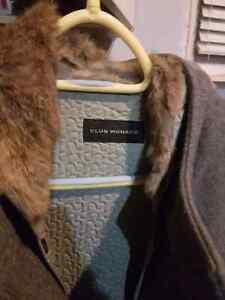 2 winter jackets Kingston Kingston Area image 4