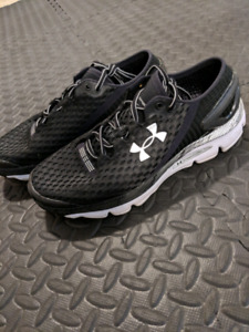 Under Armour Trainers/Runners