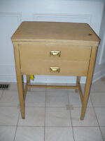 Sewing machine/side table