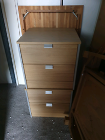 2 bedside drawers. Good condition. Delivery available extra cost