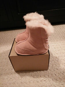 Uggs Baby Boo boots size S