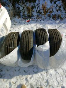 4 pneus été pas hiver 195/60/15 seulement 50$