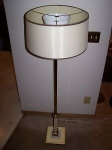 UNIQUE TALL ANTIQUE & RETRO FLOOR LAMP WITH SQUARE BASE.