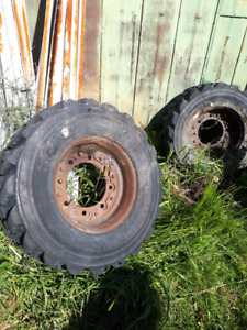 2 solid rubber tires