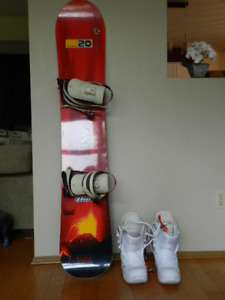 Snowboard and snowboard boots.