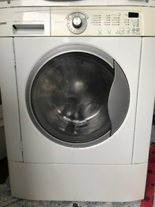 """Washer and Dryer Landry Combo 27"""" $200 OBO"""