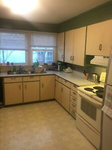 Room for rent - House near Whyte Ave/UofA