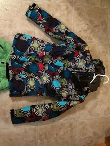 The North Face Girls winter Jacket and snow pants Stratford Kitchener Area image 2