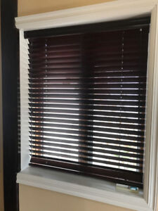 2 Stores en bois Hunter Douglas Wooden Blinds