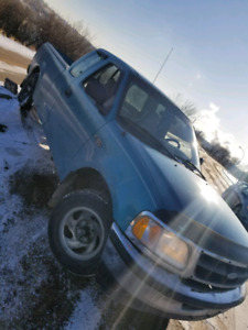 FORD F-150 97, Winter and daily driver ready!