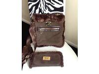 Ugg handbag and purse set