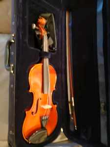 Violin. 3/4 size. Top quality, German manufacture.