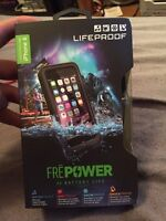LIFEPROOF FRE POWER CASE Never opened