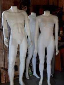 3 FULL SIZE MANMEQUINS