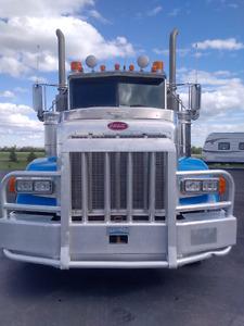 2004 Pete 378 Winch Truck