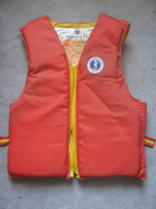 Mustang Floater Vest, Adult Large