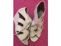 Girls heels 2