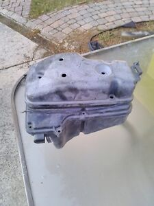 YAMAHA RZ350 1986-1990 AIR BOX COMPLETE Windsor Region Ontario image 5