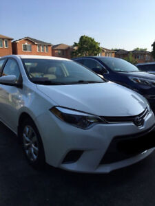 2015 Toyota Corolla LE - Great condition, low kms, no accidents