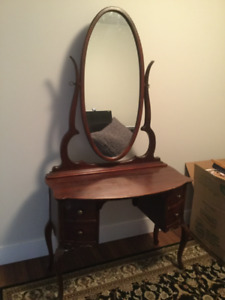 Antique vanity solid wood