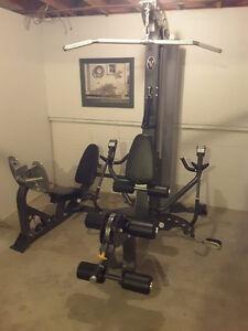 Hoist V5 home gym with leg press