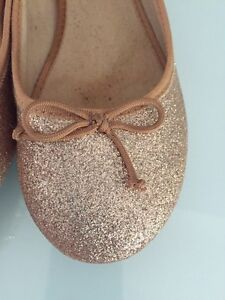 Size 7 gold sparkly ballet flats Kitchener / Waterloo Kitchener Area image 1