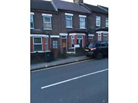 4 bedroom house in Hitchin Road, Luton, LU2