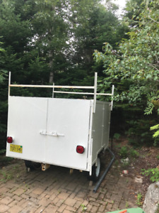 Utility Trailer, enclosed, with lights $750 obo
