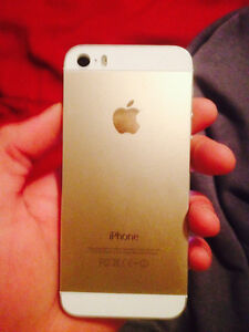 I phone 5s 32gGB rose gold great condition London Ontario image 1