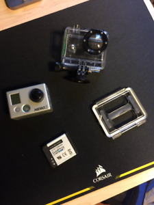 Go Pro Hero 2 with 2 new extra batteries and battery Bacpac