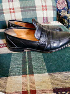 2 Pair Size 8 Bostonian Leather Dress Shoes