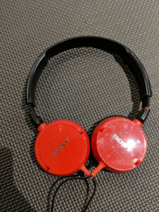 Sony MDR ZX300 HEADPHONES FOR SALE (RED)!