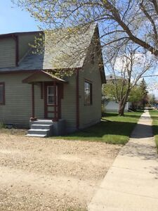 Three bedroom house in olds